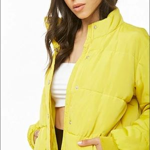 NWT Bright yellow funnel neck puffer jacket small